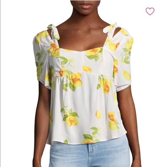 944122750fbb8c NWT Saks Fifth Ave Lemon 🍋 cold shoulder Top XS
